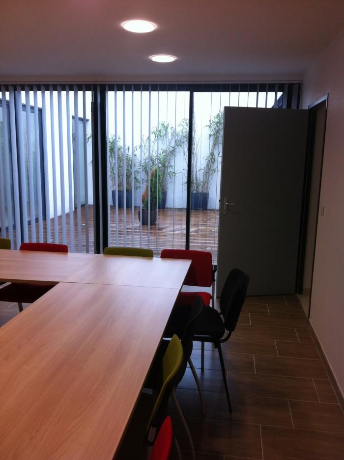 Construction de bureaux comptable : salle de réunion