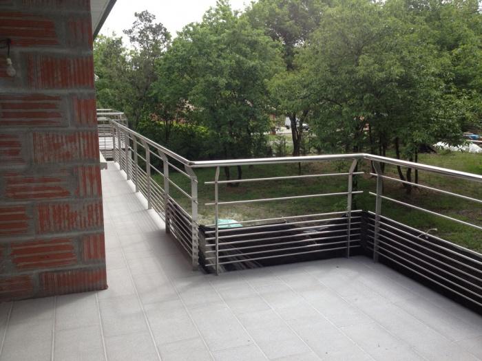 Maison contemporaine : terrasse