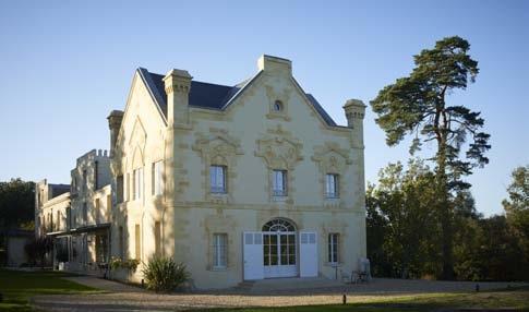 Château Le Gateau, p/o Teisseire + Touton