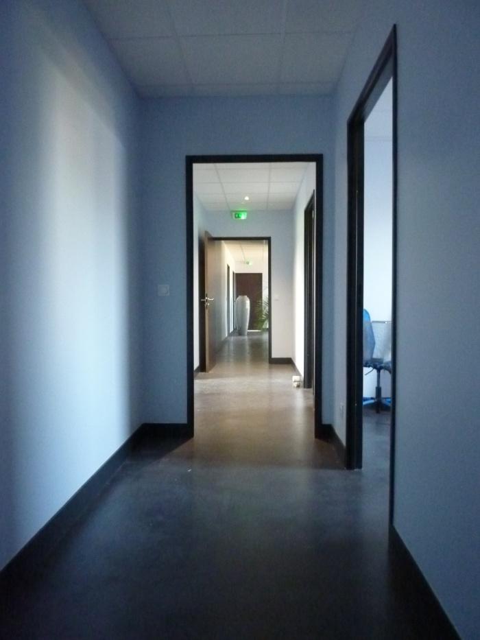 Bâtiment de bureaux : P1130720