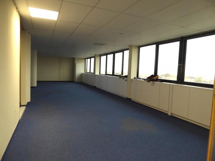 Réaménagement d'un plateau de bureaux seventies à Bordeaux 2017 : P1030426.JPG